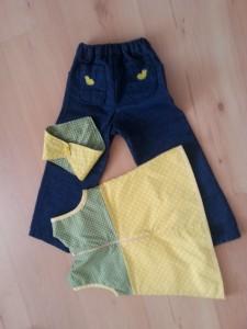 Jeans Tunika und Halstuch - hinten